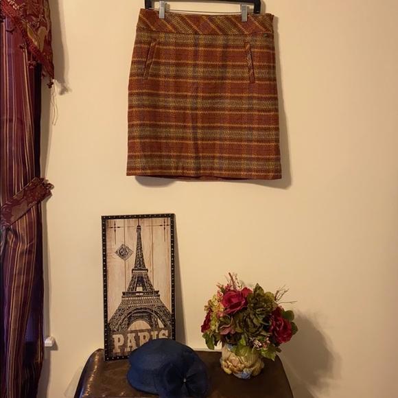 Talbots Dresses & Skirts - TALBOTS SKIRT SIZE 6 NWT